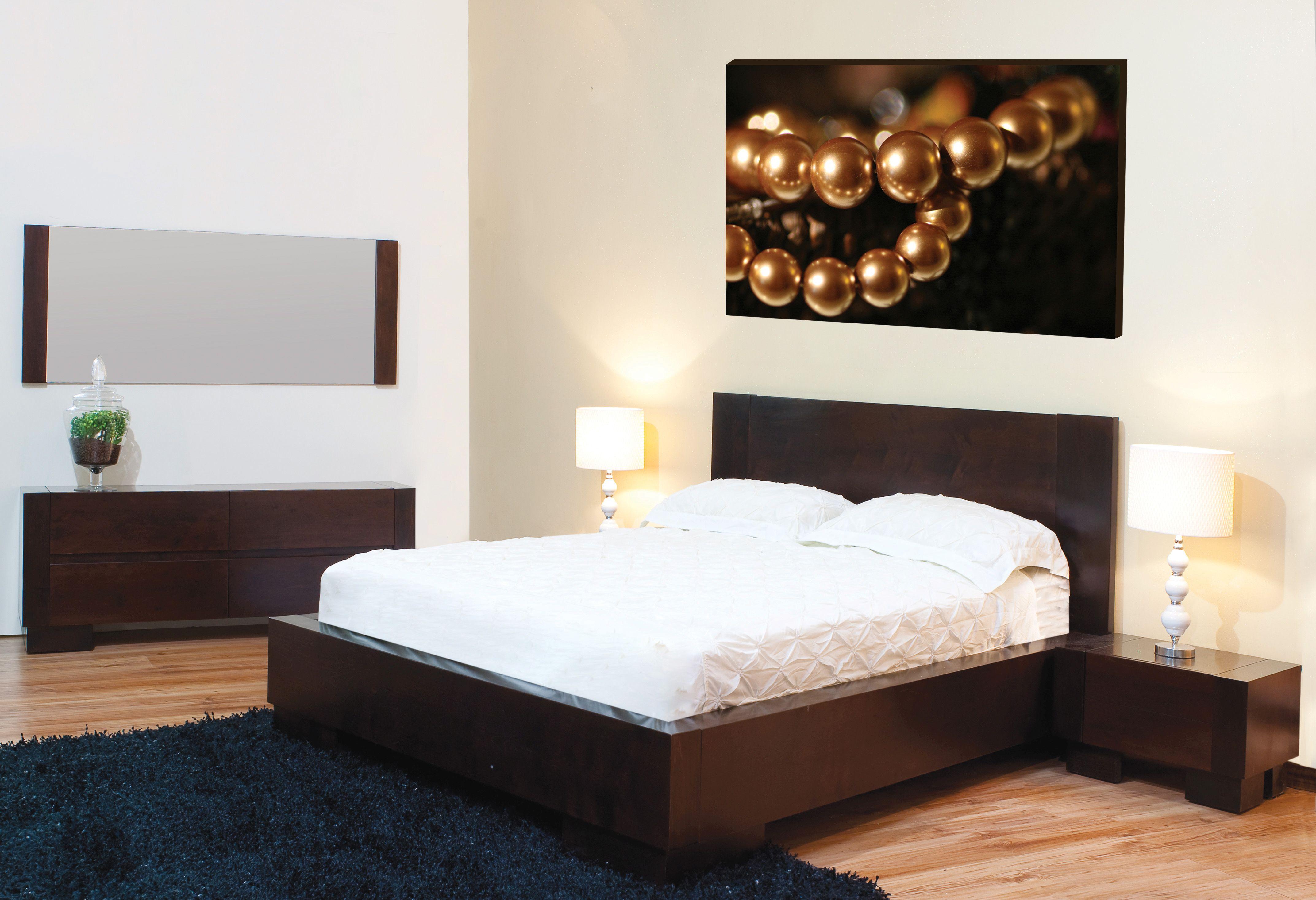 חדר שינה מעץ מייפל בגוון יין